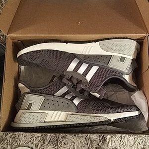 Mens size 10 Adidas EQT